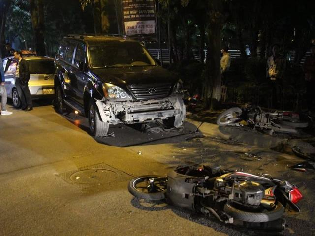 Toàn cảnh vụ tai nạn ô tô điên Lexus tại Hà Nội