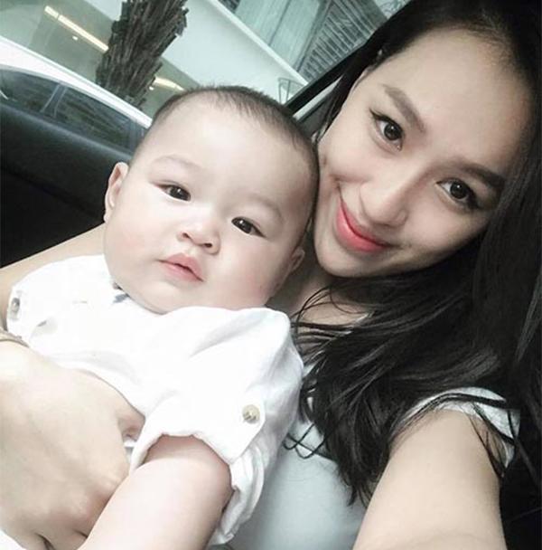 """Vóc dáng """"bốc lửa"""" sau sinh quý tử của nữ DJ Hà Thành vừa tuyên bố ly hôn chồng - 19"""
