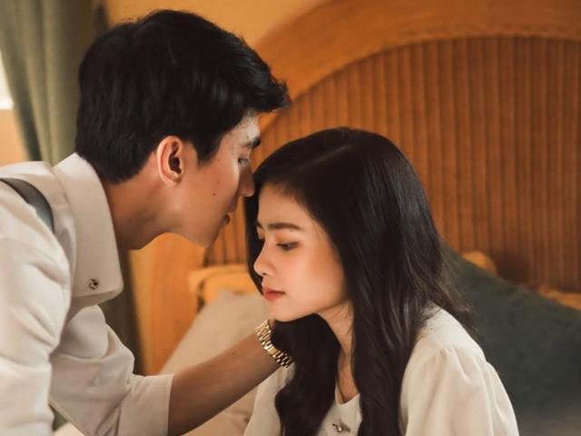 Dương Hoàng Yến kể chuyện tình tay ba của chính mình trong MV mới