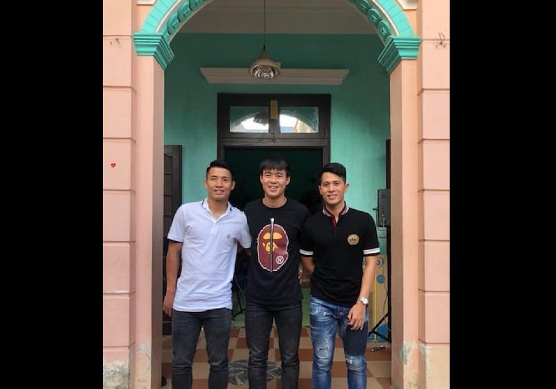 """Sau """"trận chiến"""" ở Thường Châu hồi đầu năm và mới đây là AFF CUP 2018, các cầu thủ của đội tuyển Việt Nam trở thành tâm điểm của mọi sự chú ý."""