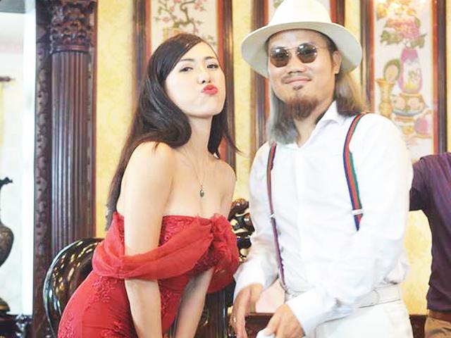 Tôi ngu khi dùng cảnh nóng, hot girl sexy để câu người xem hài Tết