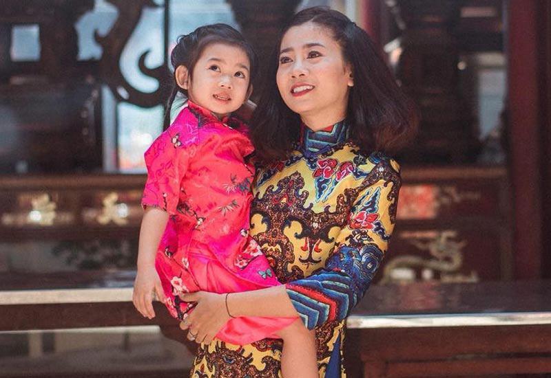 Tối 18/8, Phạm Thành Trung, người anh thân thiết của Mai Phương, chia sẻ nữ diễn viên mắc bệnhung thưphổi giai đoạn cuối. Cô nằm điều trị tại Bệnh viện 175, TP.HCM.