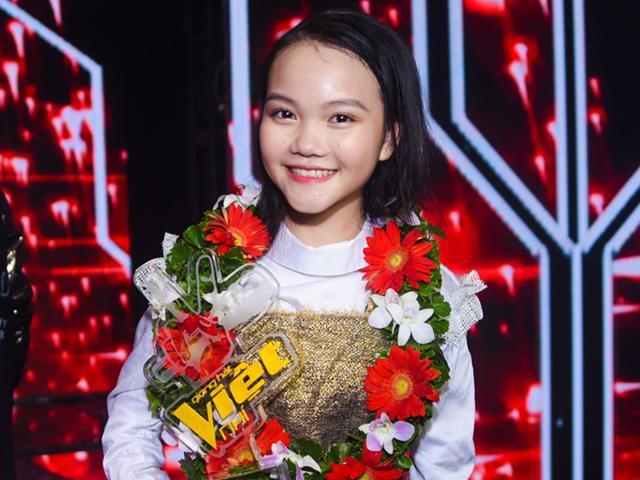 Học trò đăng quang, vợ chồng Lưu Hương Giang lần thứ 3 chiến thắng Giọng hát Việt nhí