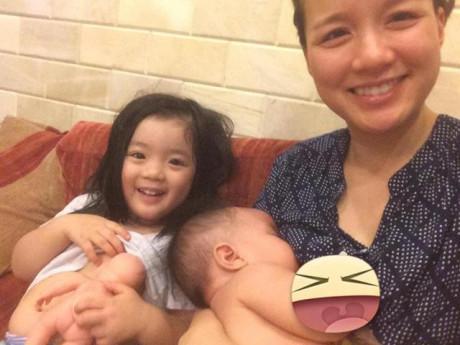 Cho con bú, MC Minh Trang chia sẻ gây bão, nghìn mẹ bỉm sữa tranh cãi nảy lửa