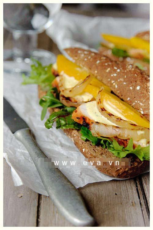 sandwich kep thit ga va xoai chin - 10