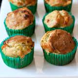 banh muffin dua va bi do thom ngon - 8
